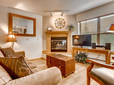 Photo for Condo w/ on-site outdoor pool & hot tub - between mountain and downtown!