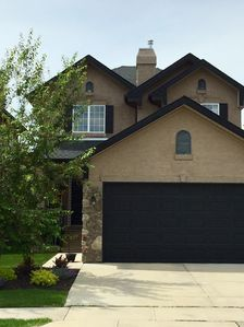 Photo for Great Family Get-Away Home NW Calgary, 50min to Mountains & 20min to City Center