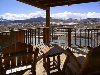 Photo for Remodeled End Unit w/ Amazing Views, Fireplace, Large Balcony