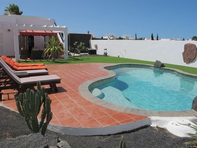 Photo for Beautiful Villa Jardin in Playa Blanca, with private pool