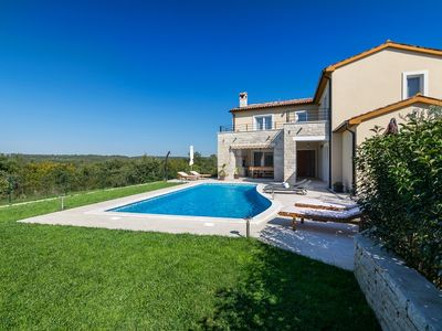 Photo for Villa Patricia with private pool, sauna, hydromassage bathtub, SPA area, pool table, table tennis, BBQ area, surrounded by nature.