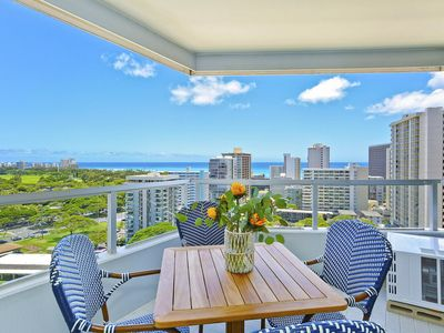 Photo for Incredible Unobstructed Pacific Ocean and Diamond Head Views!