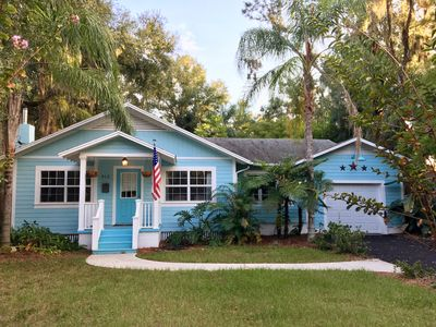 Photo for The Little Blue Bungalow located Downtown, 5min walk to restaurants and bars