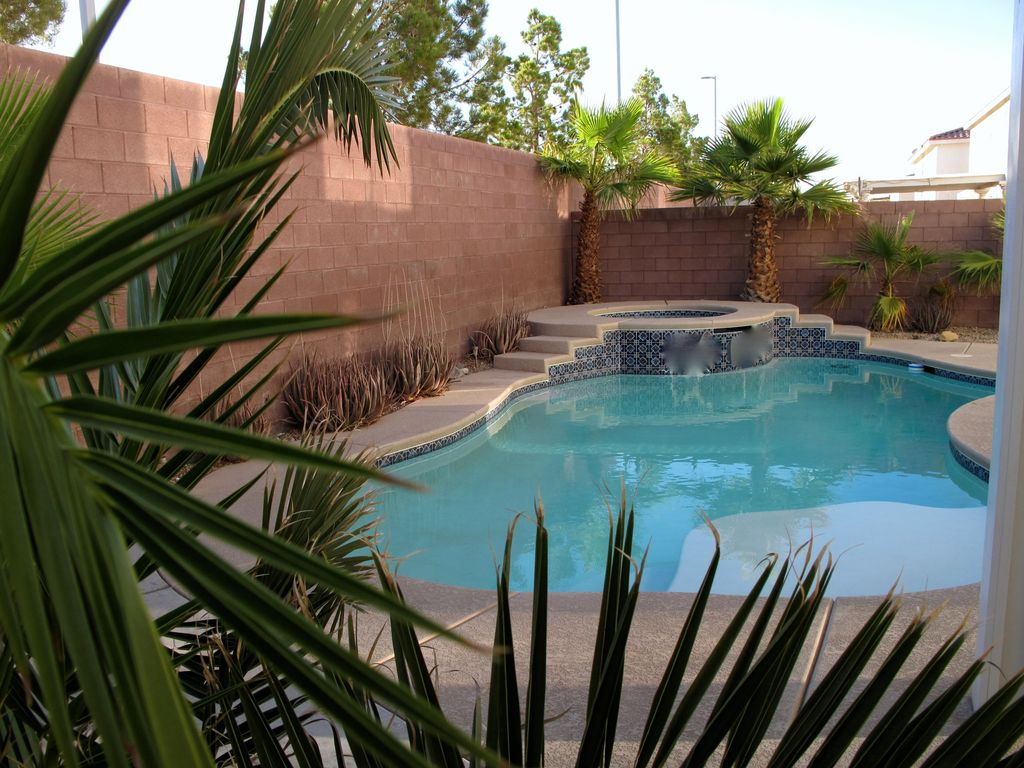 Beautiful Home With Swimming Pool Hot Homeaway Las Vegas
