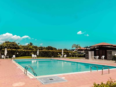 Photo for Fresia - Charming villa in residence with swimming pool