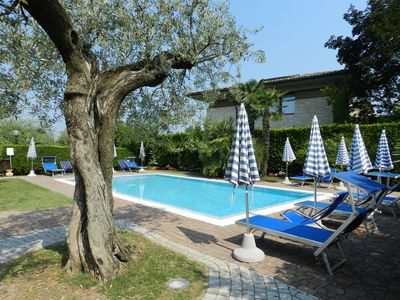 "Photo for APARTMENT ""RESIDENCE ALLEGRA"" IN LAZISE GROUND FL., WIFI, POOL, AIRCO"
