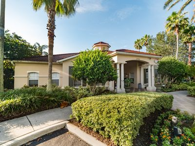 Photo for ⭐Lovely Home in w/ Great Location-Pool + Spacious Rooms⭐