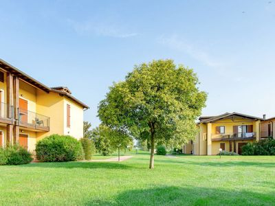 Photo for Apartment Residence Eden (PSC150) in Peschiera del Garda - 4 persons, 1 bedrooms