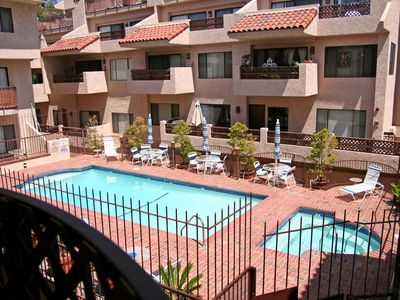 Photo for 2 Bedroom, 2.5 Bath, Townhouse Style Condo, Common Pool and Jacuzzi - Bahia Vist