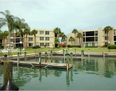 Bay Front Condo With Peek at Pool Deck; Slips may be available for rental