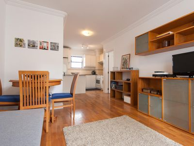 Photo for Bairro Alto Cozy apartment in Bairro Alto with WiFi & lift.