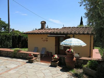 Photo for One bedroom Villa, sleeps 3 with Pool, Air Con and Walk to Shops