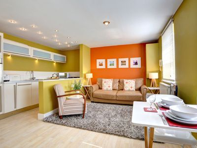 Photo for Modern and colourful holiday home in the vibrant city of Brighton, near the sea