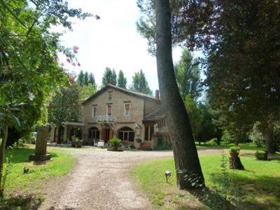 Photo for Villa Tirotti - Splendid Villa Anni Quaranta surrounded by greenery