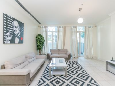 Photo for Spacious and New 3BR in Fairooz Tower