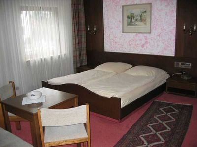 Photo for Triple Room - Guesthouse Charlotte