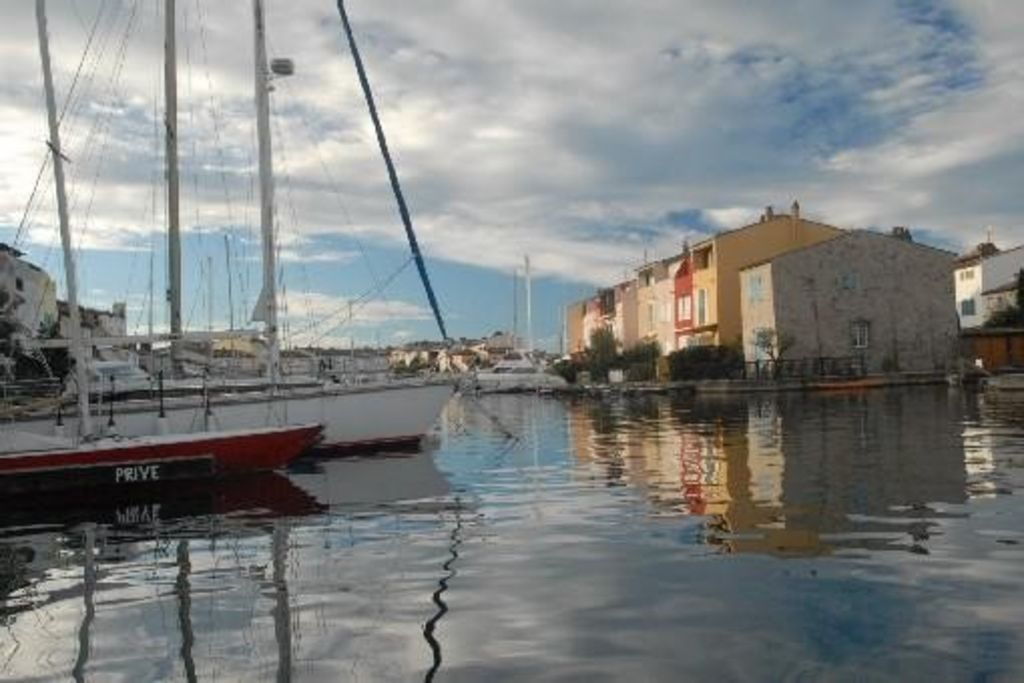 FISHERMAN HOUSE IN PORT GRIMAUD - Port grimaud location
