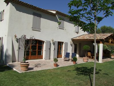 Photo for Luxury house with 6 Bedrooms - Large pool 12x6 - Near Aix-en-Provence Marseille