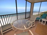 Wonderful condo. Area very quiet. Beach quiet and well maintained. Beds were comfortable. Th
