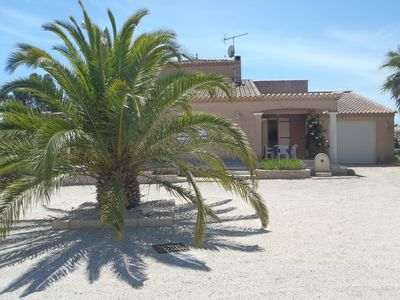 Photo for MARSEILLAN BEACH, beautiful villa of 180m2, swimming pool, enclosed garden with trees