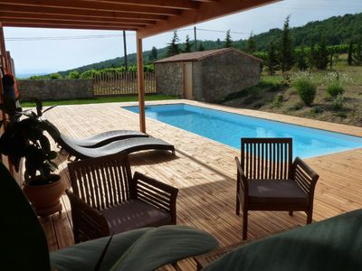 Photo for Charming villa in the heart of the hills, private heated pool, Carcassonne