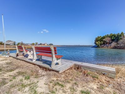 Photo for Dog-friendly bayfront cottage w/ Ocean City skyline & water views
