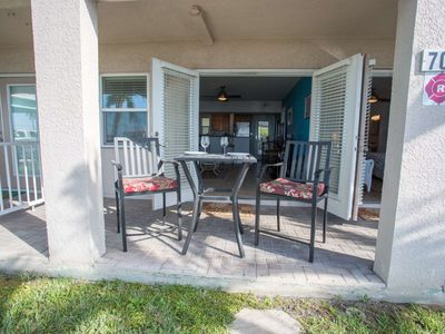 Photo for Beachfront location on Pass-A-Grille beach.Walking distance to great restaurants and downtown shops.