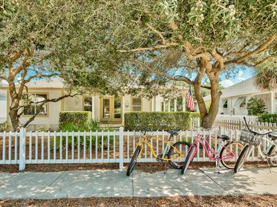 Photo for Gem in Desirable Location- Walk to the Beach, Shopping, Dining- Bikes Included!