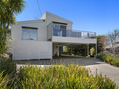 Photo for A Jan Juc light Gem, new, fresh, sophisticated living  & so close to everything