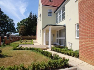 Photo for iStay | The Avenue - Executive apartments in Town Centre