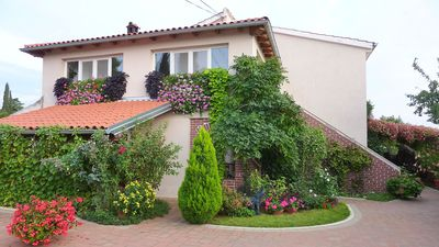 Photo for Apartment with beautiful garden in a quiet location