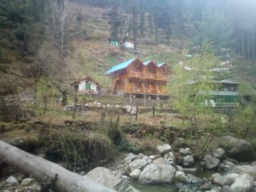 Lato The Huts River Touch Guest House