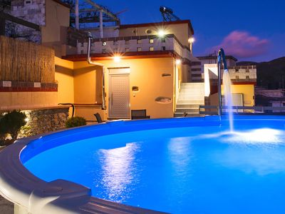 Photo for Villa Thermal Waters with 3 bedrooms and a private round pool with thermal water