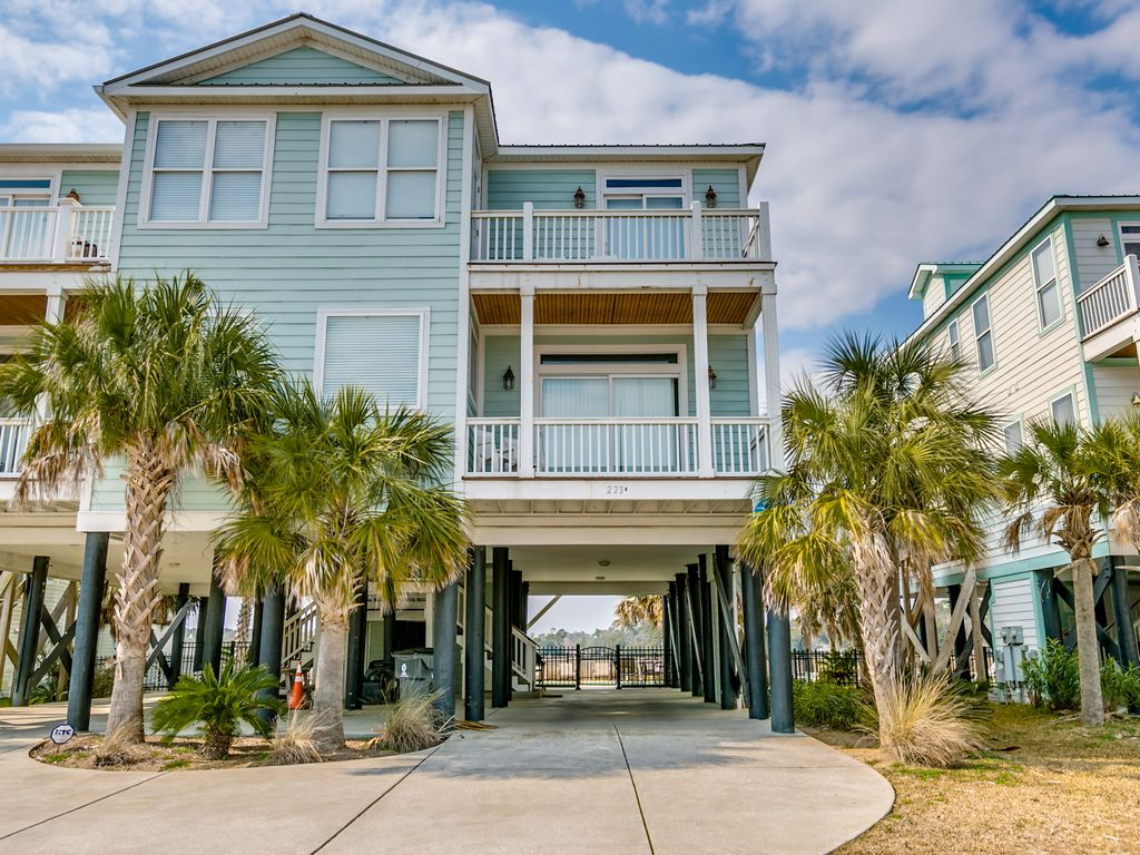 5br 5 5ba Waterfront Beach House Gorgeous Ocean Views