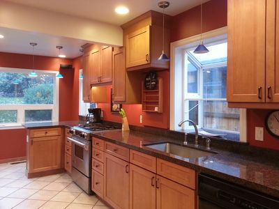 Photo for Quiet Magnolia home, minutes to downtown and attractions