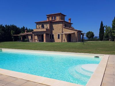 Photo for Villa Eterea, with an enchanting panoramic private swimming pool