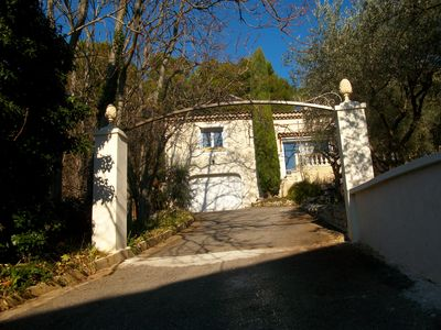 Photo for HOUSE 120 m² 6 people AT THE FOOT OF LUBERON + independent studio possible