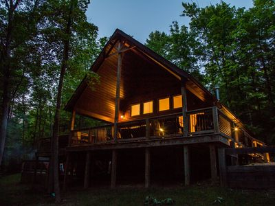 Photo for Beautiful Luxury Chalet, Hot Tub, Indoor Fireplace, King Master Suite Free WIFI