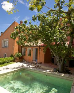 Photo for In the Center of Roussillon Village with a small basin and a fantastic view