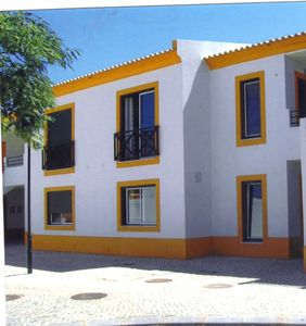 Photo for Air- Conditioned Apartment (WIFI, TV, POOLS, PARKING) Albufeira Town Centre.