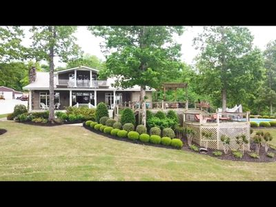 Luxury Home With Gorgeous View of Pickwick Lake