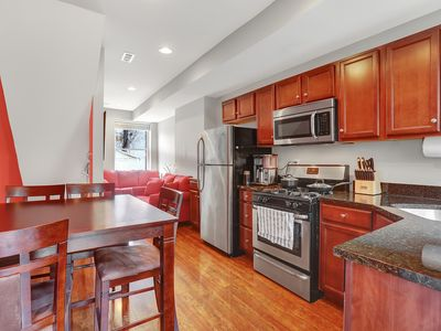 Photo for Newly Renovated Sunny Rowhome, Fells Point Walking Distance