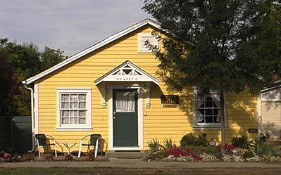 Photo for Duncan Extended Stay Cottage in Historic Jacksonville, Oregon