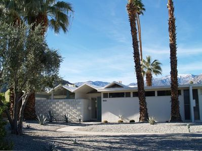 Secluded end unit with snow capped San Jacinto Mountains in the background.