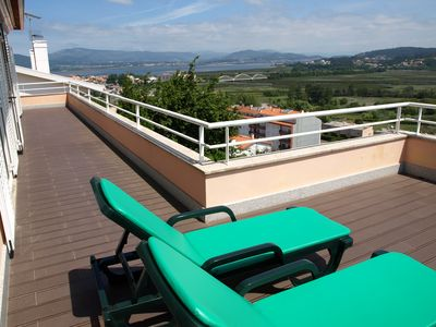 Photo for House with 3qrt, beautiful panoramic view over the valley of the Coura / Minho River and Spain