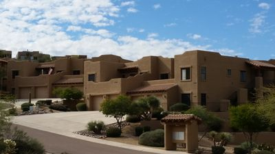 Photo for Spacious luxury condo with views in all directions, near Mayo, Casino, wildlife