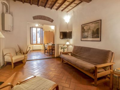 Photo for Apartment San Frediano in Firenze - 4 persons, 1 bedrooms
