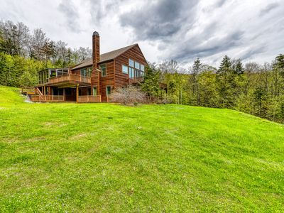 Photo for Gorgeous getaway w/ a private hot tub & wraparound deck - close to skiing!