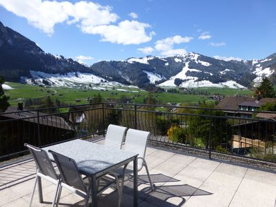 Photo for Luxury alpine apartment with indoor pool, sauna & gym, near Gstaad