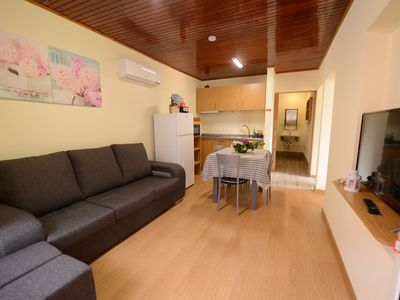 Photo for A Quinta - Paradise, 3 Bed, Air conditioning, POOL, BBQ. Best Location!